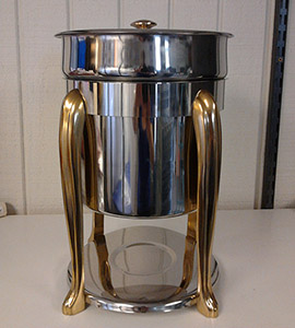 Soup gumbo toureen w gold accents 7qt